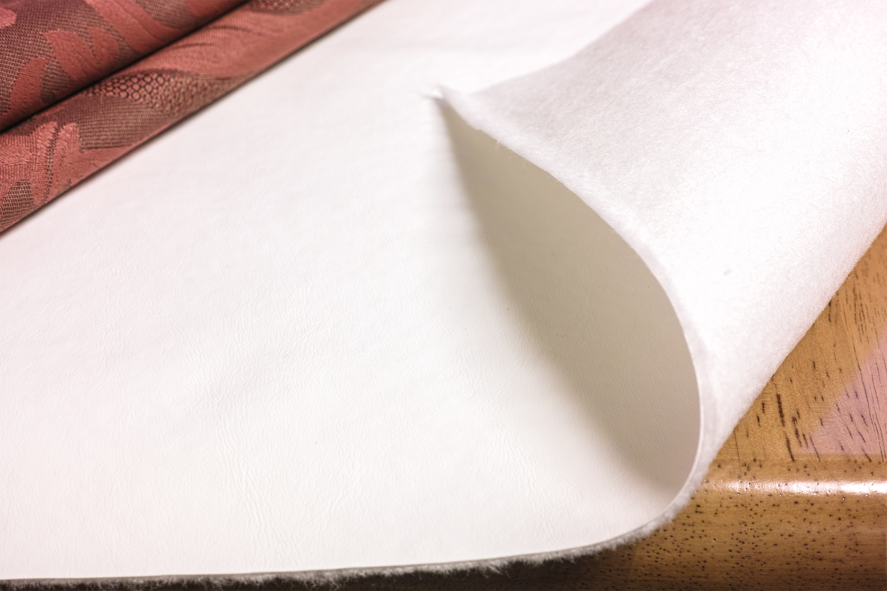 White Vinyl Heavy Duty Table Pad.jpg